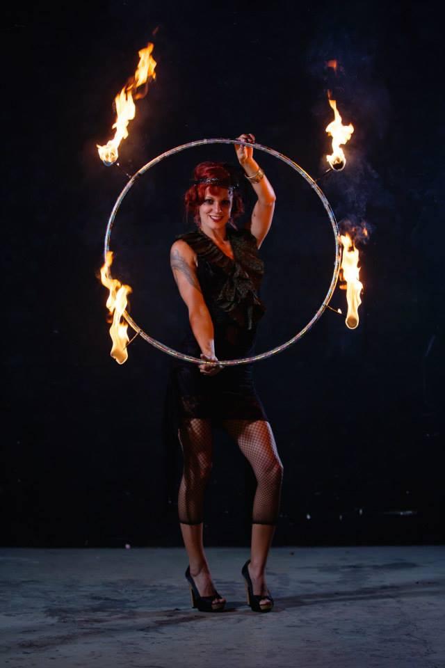 Fire Hoop Cerceau de Feu