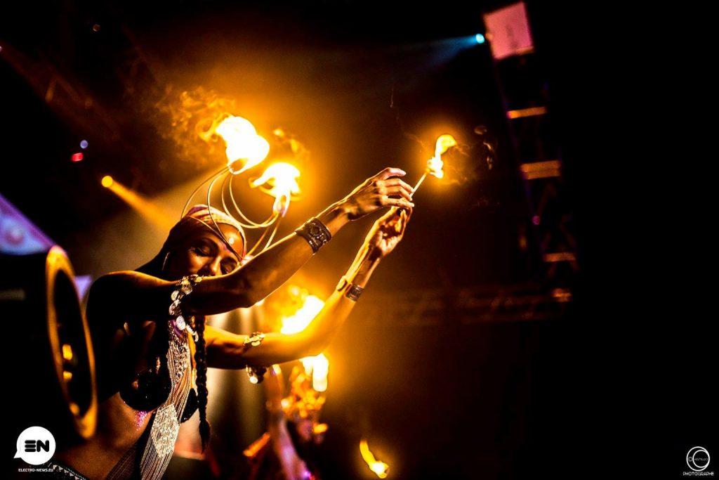Danseuse de feu